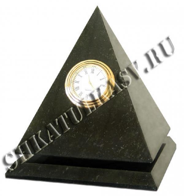 "Часы ""Пирамида"" камень змеевик"