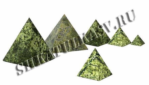 Пирамидка из змеевика 60