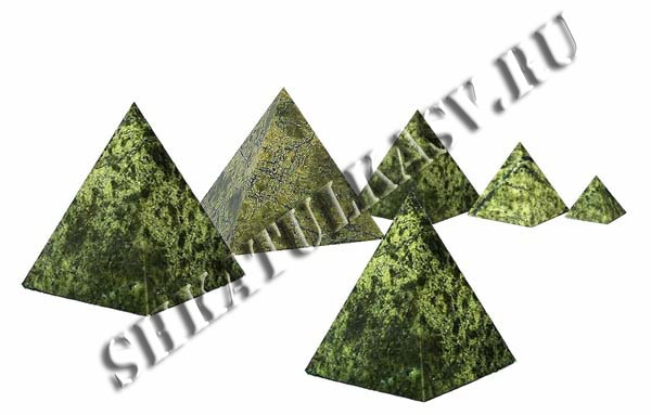 Пирамидка из змеевика 80